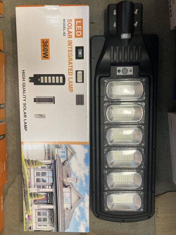 Соларна LED лампа със сензор за движение 360W